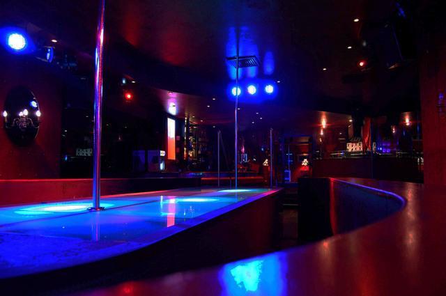 Belgium - Antwerp DOR: table dance club